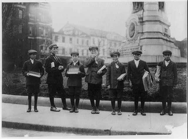 library-of-congress-newspaper-boys
