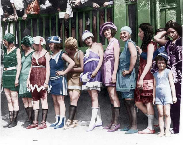 women-bathing-suits-beauty-contest-colorized